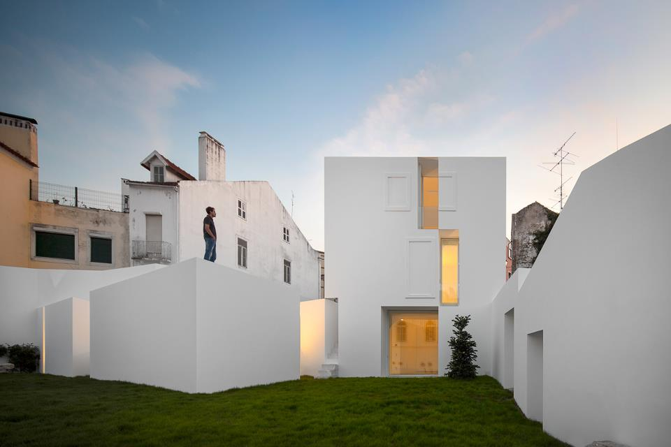 http://3.bp.blogspot.com/-8eT5Oq37OUQ/Ui5IwQURBEI/AAAAAAAAp4I/CvhUBatc9M0/s1600/Aires+Mateus+.+House+.+Alcoba%C3%A7a+(13).jpg