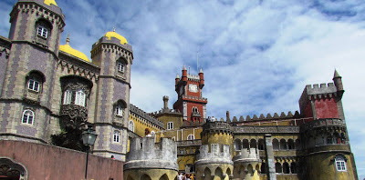 travel, explore, must see,  top 10, attraction, best,city break, pena palace, Sinta, Lisbon, Portugal, visit, holiday, May, Summer, architecture, tiles, impressive, royal residence, hill,