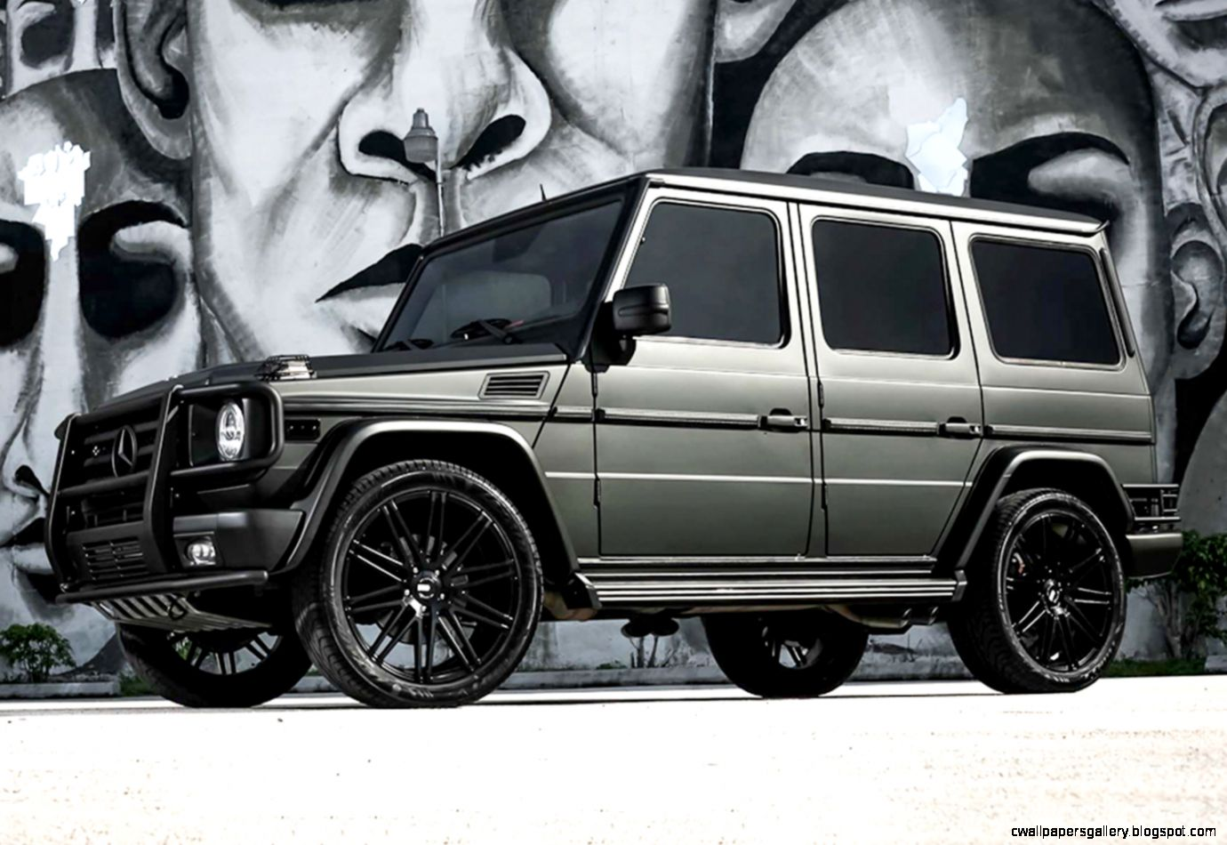 Mercedes G Wagon Matte Black
