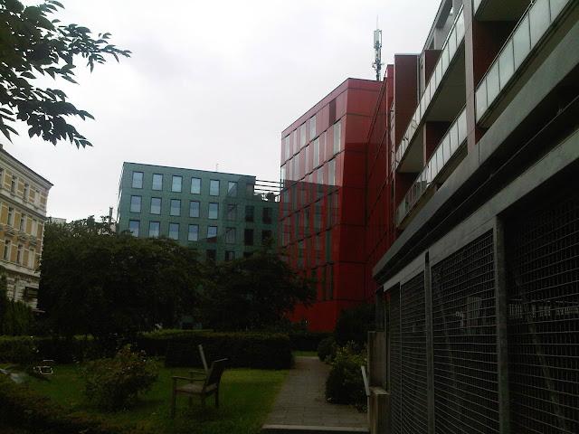 Grünes Haus - rotes Haus - St. Pauli