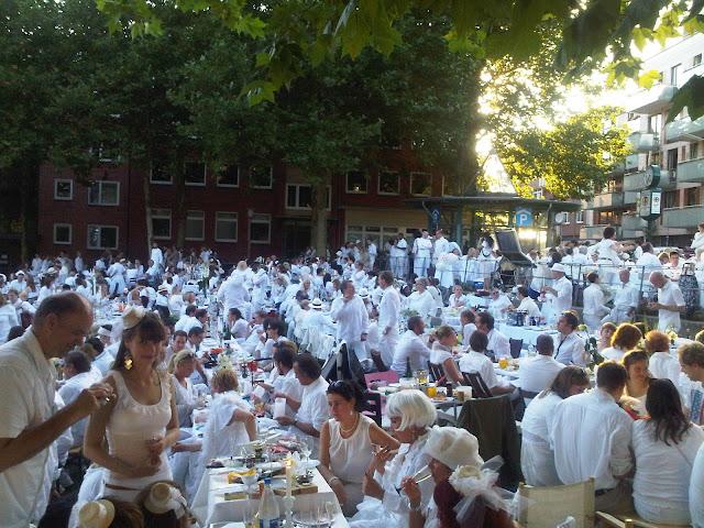 Bild 04 Weißes Dinner Hamburg 2012
