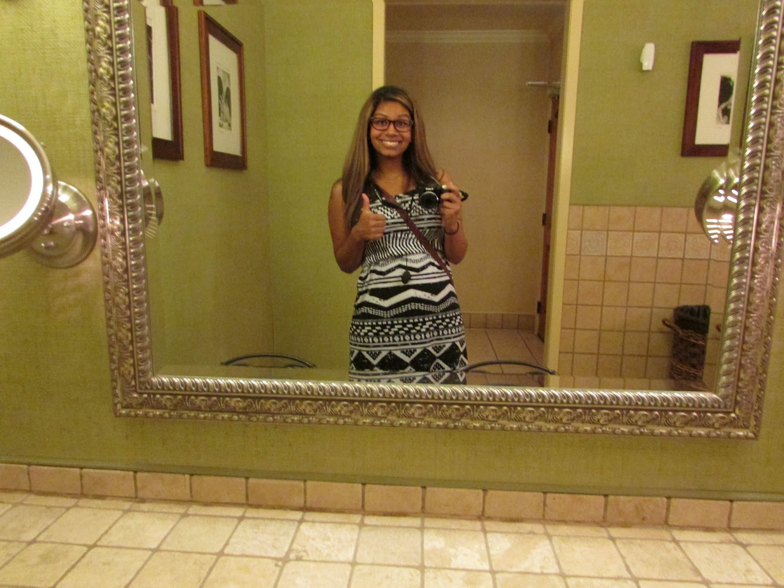bathroom selfies gone wrong the hippest pics