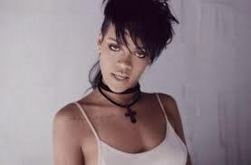Rihanna lança clipe de What Now
