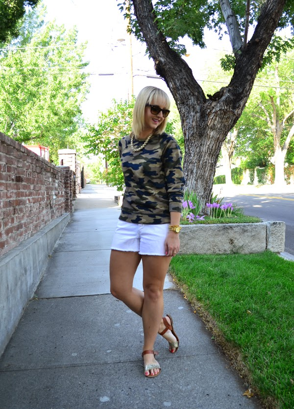 fancy camo, j.crew, white shorts, fashion blog, gold jewelry, camoflauge sweatshirt