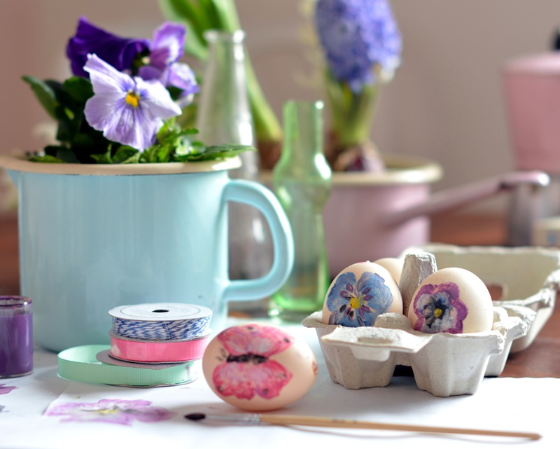 wielkanoc, jajko, diy, kolorowe, farby, plakatowe, kwiaty, motyle