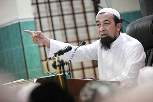 (26 Soalan) Ustaz Azhar Idrus Di Masjid Shah Alam 29 Januari 2012