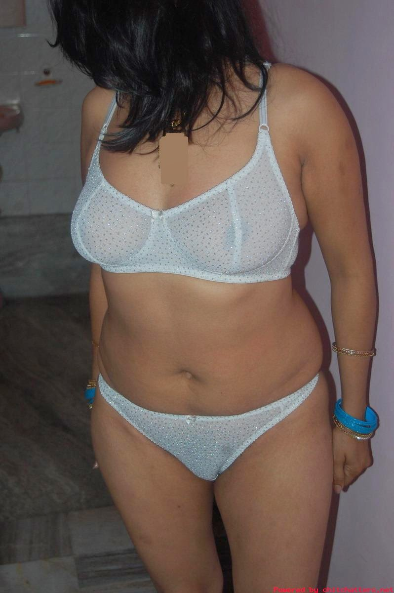 Hot desi indian aunty