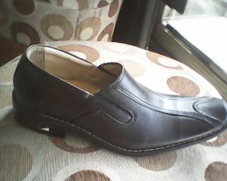 sepatu morellie yang bagus dan elegan,cocok buat santai ataupun kerja