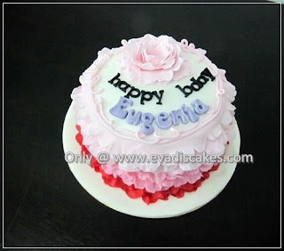 Picture of Penang Cakes - Evadis Cupcakes - Rainbow Cake With 3 Tones Ruffles Design Top View