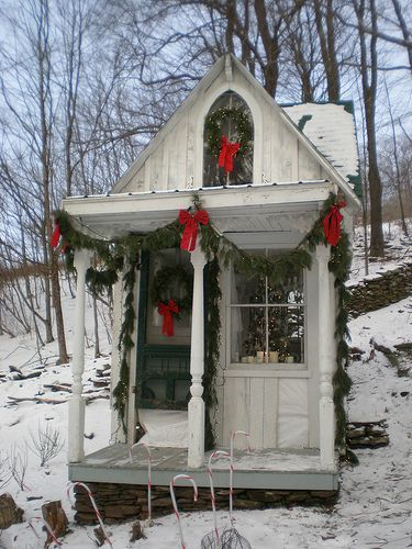 Relaxshacks a merry quot tiny house in the catskills