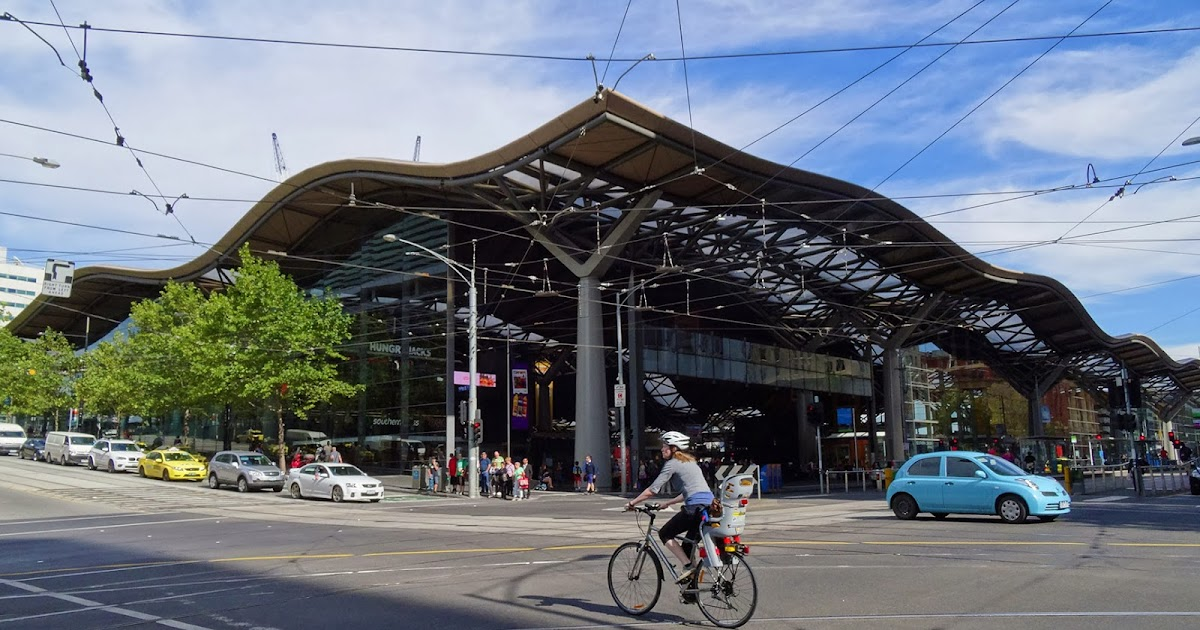 how to get to etihad stadium from southern cross station
