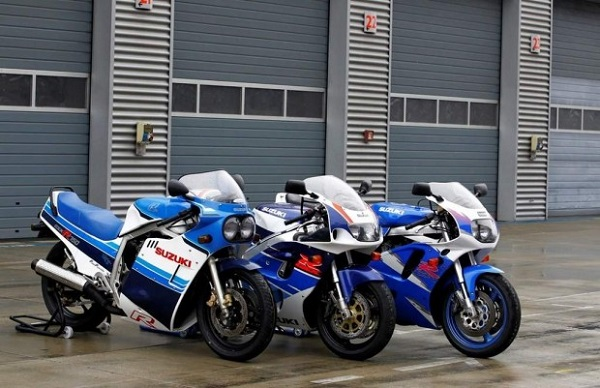 Suzuki GSX-R 750 Model 1992 Test 2015