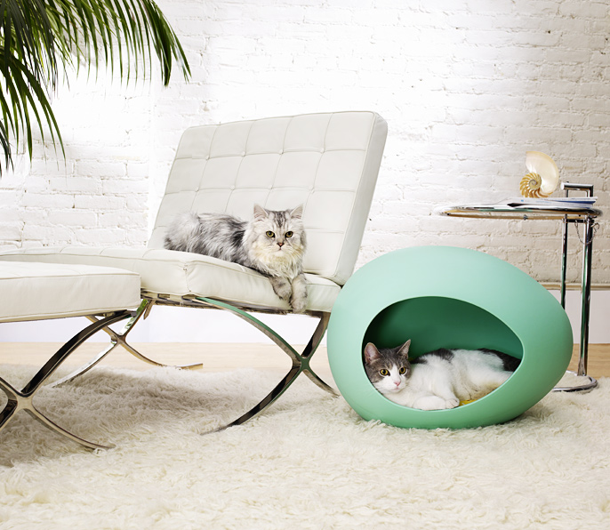15 creative cat houses and cool cat bed designs. Black Bedroom Furniture Sets. Home Design Ideas
