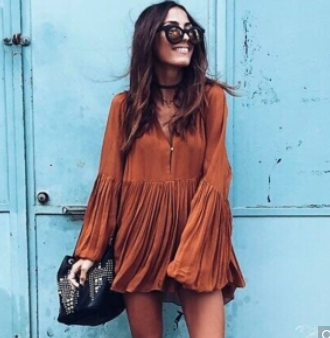 http://www.dresslink.com/women-sexy-v-neck-leisure-blouse-loose-long-sleeve-top-pleated-mini-dress-p-33250.html?utm_source=blog&utm_medium=cpc&utm_campaign=Carly1180