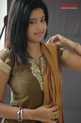 Shona Neogi akka Soumya Hot Photos