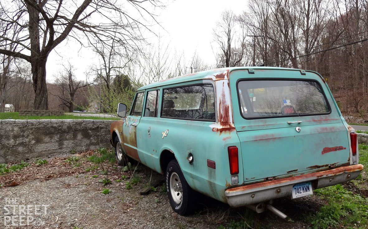 THE STREET PEEP: 1972 GMC Suburban