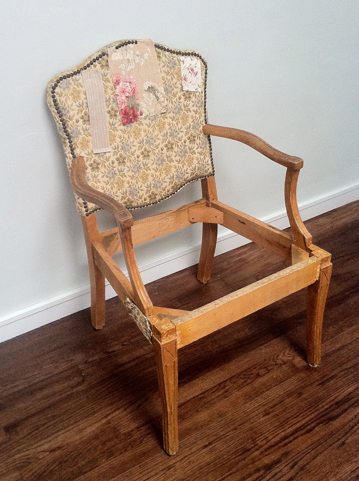 - HOW TO UPHOLSTER AN ANTIQUE CHAIR, STEP 1 My Fifties Kitchen Redo