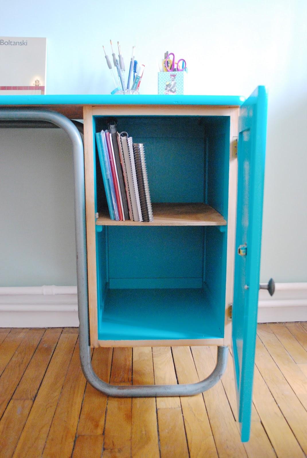 bureau de ma tre d 39 cole des ann es 60 bleu vert vendu g n ration vintage. Black Bedroom Furniture Sets. Home Design Ideas