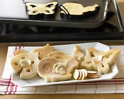 Cool and Creative Pancake Moulds (15) 12