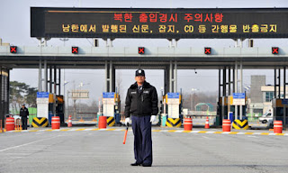 North Korea to consider closing Kaesong complex after worker recall