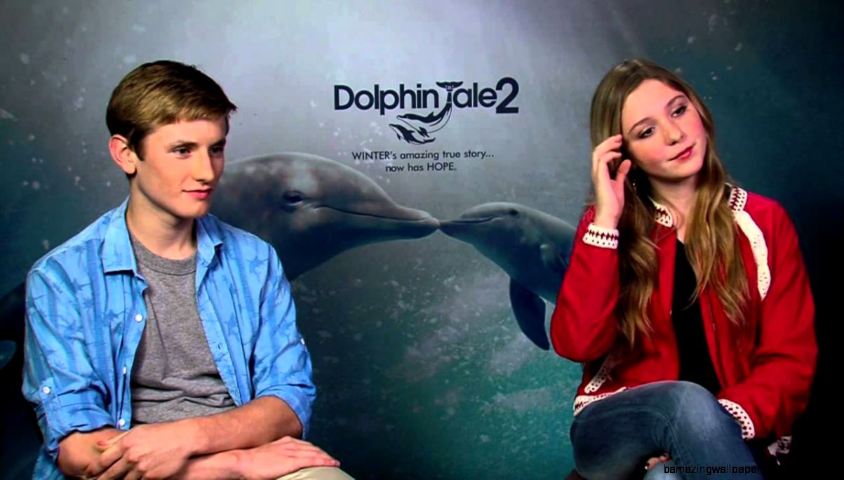Dolphin Tale 2 Cozi Zuehlsdorff Hazel Haskett  Nathan Gamble