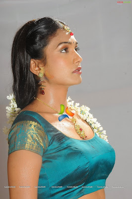 Ramya  hot and spicy photo collection,cute,hot,wet,nipples,nude,boobs