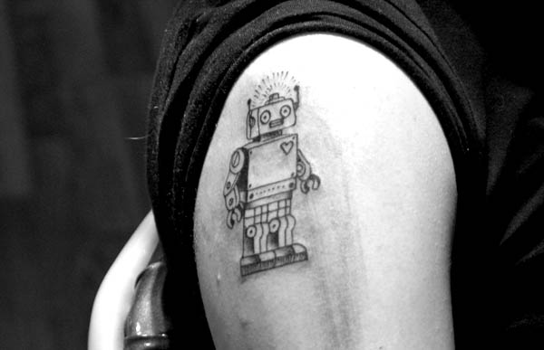 scrapbook 34 >#tattoofriday   Robot