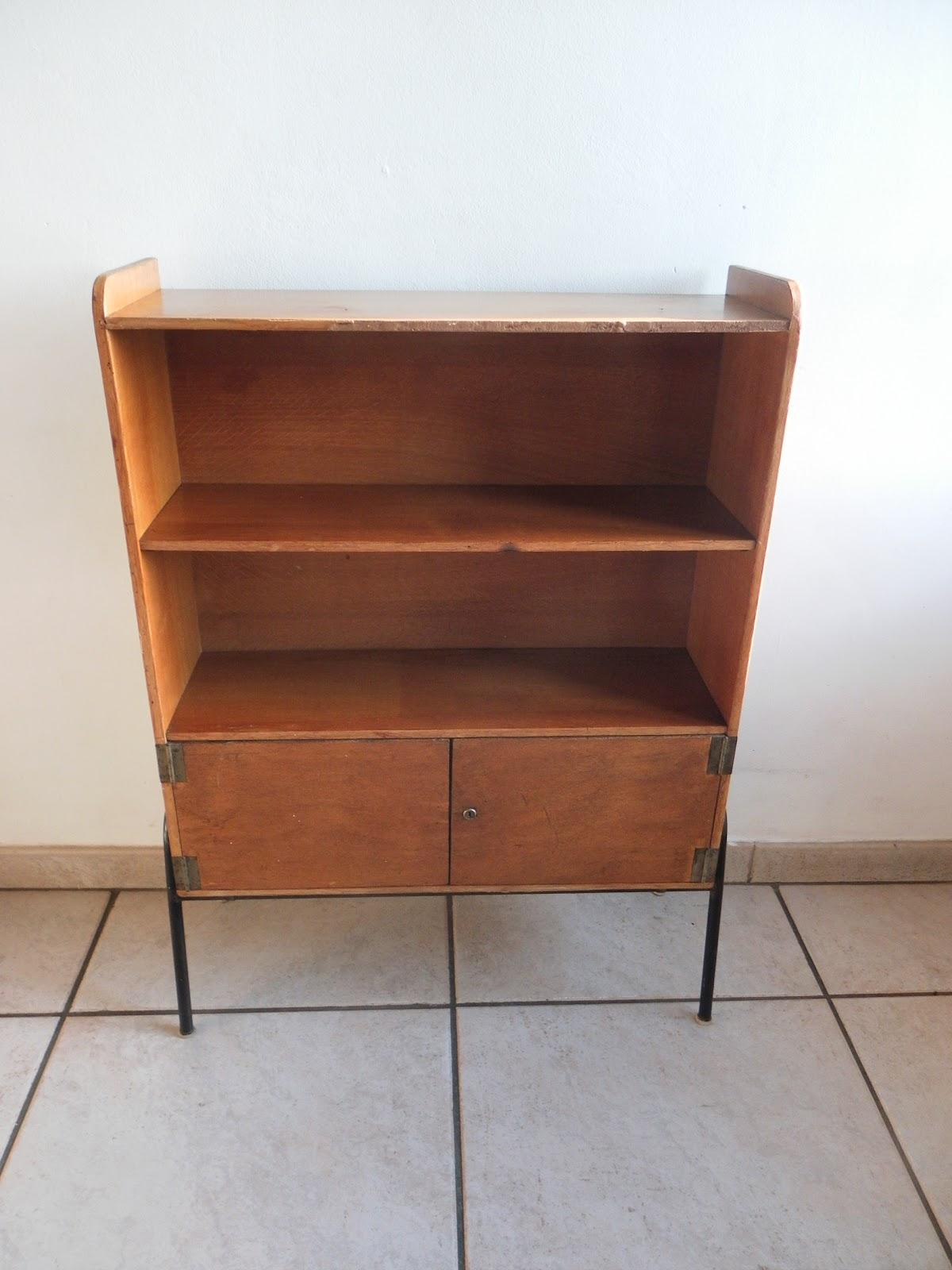 Lucie la chineuse petit meuble ann es 50 for Meubles domon lachine
