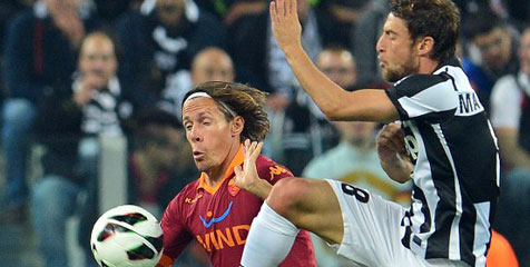 Cuplikan Video Gol Highlights Juventus vs AS Roma 4-1