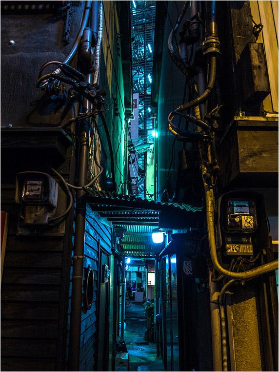 Compact Camera, Best Photo of the Day in Emphoka by Zac Li, Canon PowerShot G1 X, https://flic.kr/p/kCgLVB