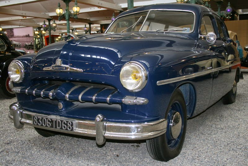FORD BERLINE VEDETTE (1952)