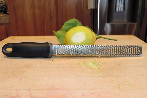 The Chef Proven Lemon Zester Cheese Grater