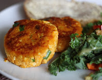 Mini Hambúrguer de Batata Doce e Tofu (vegana)