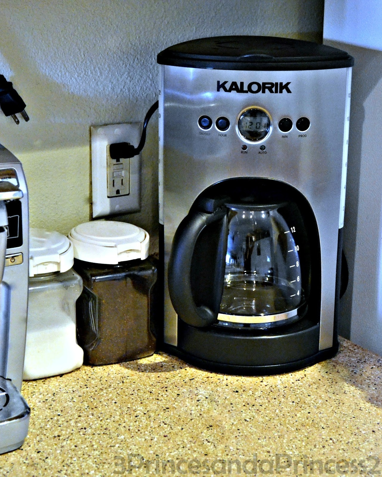 Princess One Cup Coffee Maker Review : 3 Princes And A Princess 2: Kitchen Must Haves - Kalorik Coffee Maker (Review & Give Away)