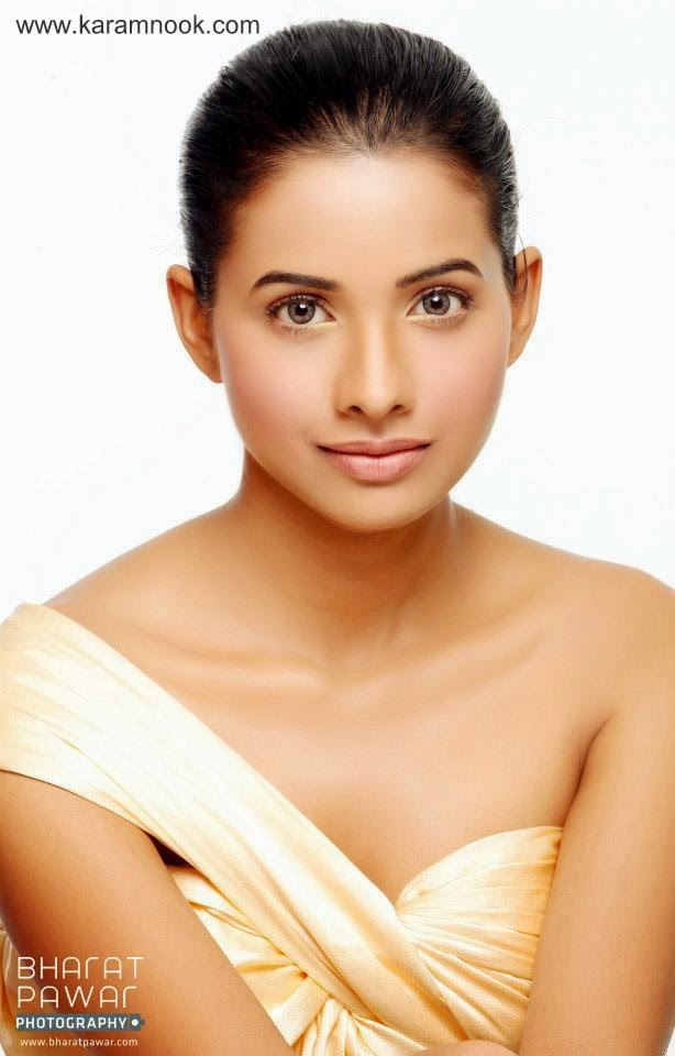 Mayuri Wagh Photos - Karamnook.com   Marathi Movies ...