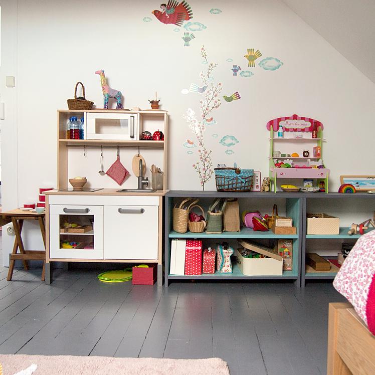 le journal de liv et my les chambres des filles. Black Bedroom Furniture Sets. Home Design Ideas