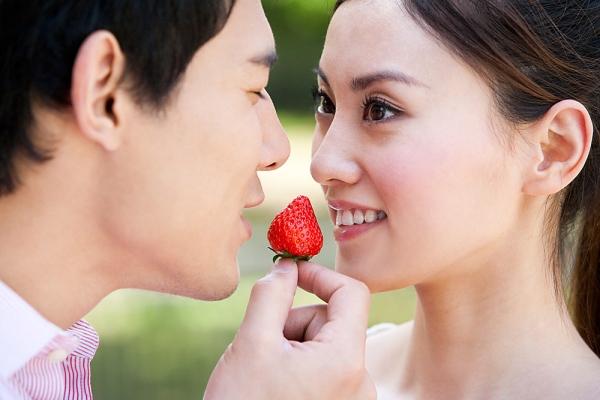 Bác Sĩ 2 Súng Ung thư vòm họng do yêu bằng miệng