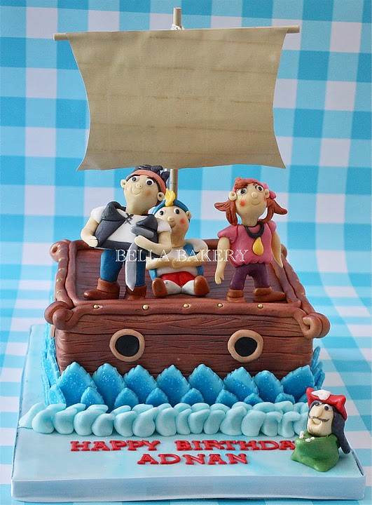 JAKE AND THE NEVERLAND PIRATES CAKES
