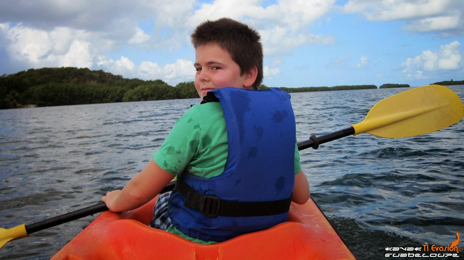 kayak guadeloupe mangrove