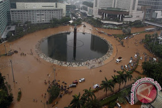 Banjir Jakarta menjadi Topik Utama Warta Berita