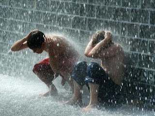 Hujan Adalah Berkah dan Rahmat Allah SWT