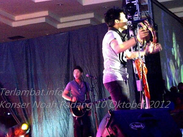 Foto Konser Noah Padang 10 Oktober 2012