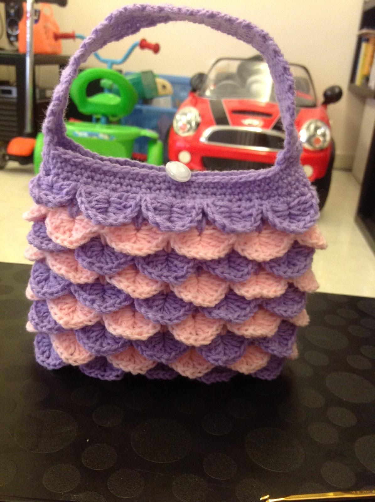 Free Crochet Pattern Crocodile Stitch Bag : Crocodile Stitch (Scale Stitch) Purse