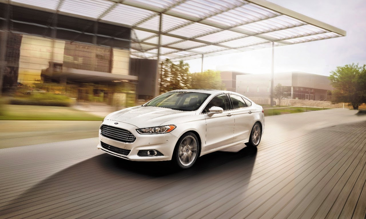 Front 3/4 view of 2014 Ford Fusion
