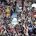 Argentinos dan multitudinario adiós a Gustavo Cerati