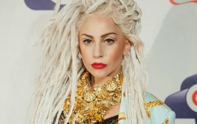 Lady Gaga tanpa Make Up 5 GAMBAR