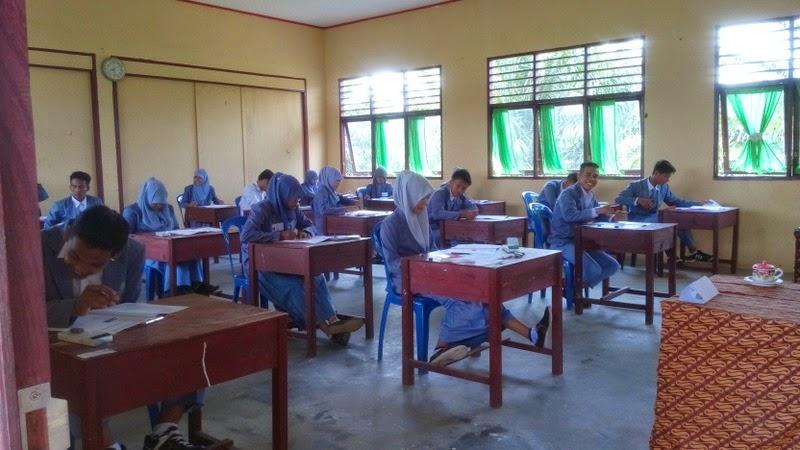Hari Terakhir Ujian Nasioanal UN di SMK Negeri 2 Tambusai Utara materi Produktif