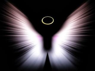 Кто так очаровал ангела?