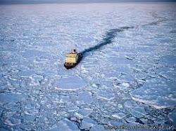Statkiem po lodzie