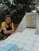 My grandpa grave . :')
